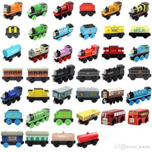 Madeira pequenas Trens magnética Toy dos desenhos animados 40 Styles saco de OPP Trens Amigos TrainsCar Brinquedos Bus melhor Natal Thomas Diecast Model Kids Brinquedos