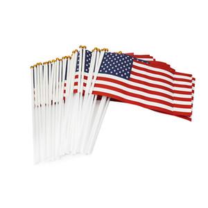 Trump 2020 segnale di mano la bandiera americana di voto elettorale mini bandierine Carta impermeabile mano che fluttua bandiera del paese Banner giardino Bandiere E3307