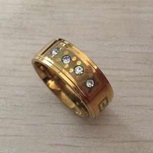 Key4fashion 2017 yeni yüksek kalite geniş 8mm 316 Titanyum Çelik sarı altın renk yunan anahtar düğün band zirkon yüzük erkekler kadınlar ücretsiz kargo