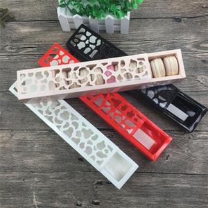 Chriatmas Hollow Macaron contenitore di bigné contenitore di San Valentino al cioccolato imballaggio cottura pacchetto Macaron imballaggio di carta torta Scatole 24 * 4.4 * 3.7cm
