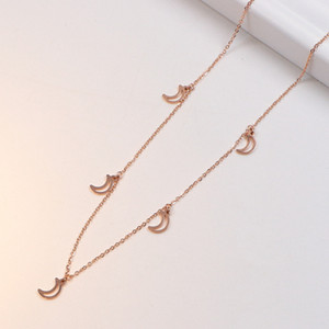 2020 New Korean Fashion Simple Moon Short Chain Female Necklace with Accessories All-match Clavicle Necklace Wholesale