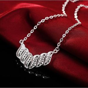 مجموعة Eearring المجوهرات قلادة جديدة تصل الساخنة WOMEN شعبي أزياء جميلة الفضة أنيقة سحر اللون الرجعية جدا