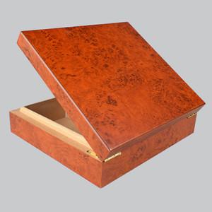 Qualitäts-Zigarren Zubehör Kreative Red Cedar Holz Lagerung von Zigarren Humidor Zigarette Humidor mit Cutter Befeuchter freies Schiff