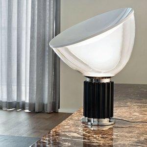 Nordic creativo de escritorio Lámpara de mesa de lujo ligh de pie moderna iluminación transparente base metálica clara pantalla de vidrio de color negro de plata
