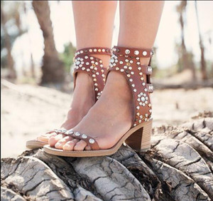 Celebrity Roma Vintage Pompe Casual Shoes Spike Studded blocco di legno tallone Sandels Rivet cristallo Open Toe Gladiator Sandals Women