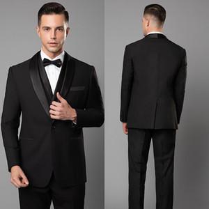 2020 الدعاوى الجديدة الأسود لرجل صالح سليم 3 قطع / مجموعة (سترة + سترة + سروال) مصممة خصيصا الدعاوى الزفاف حسب الطلب