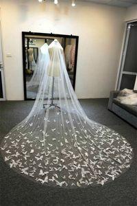 Douce Tulle chapelle nuptiale Veils Blanc / Veil Ivoire pour la mariée papillon Veil mariage avec un peigne 3D