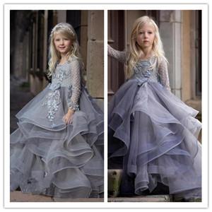 2020 Lilac langen Ärmeln Blumenmädchen Kleid mit 3D-Blumen Appliques Spitze Ballkleider für Prinzessin-Geburtstags-Party-Kleid Wedding nach Maß