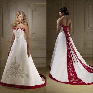 Vermelho e branco de cetim bordado vestidos de casamento do vintage retro país Strapless A Linha Lace Up Tribunal Trem vestidos de noiva vestidos Plus Size
