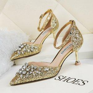 New Luxury Designer Fashion Stud Sandals Genuine Leather Slingback Pumps Ladies Sexy High Heels Fashion Rivets Shoe Party High Heel