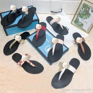 Strand Pantoffeln Sommer Art und Weise Frauen Flip-Flops 100% Leder Designer Dame Hausschuhe Metall Luxus Wohnung Damen Hausschuhe Große Größe 34-42 US4-11