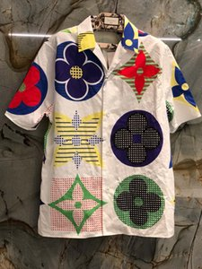 2020 New spring Fashion Mens designer Fiore Stampa Camicie ~ formato DEGLI STATI UNITI camicie ~ top mens designer button Manica Corta Camicie