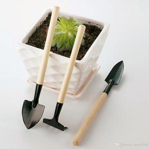xlc 2019 Outils à main Livraison gratuite 3pcs / set Mini Plant Garden Tool Set avec manche en bois Jardiner outil Rake Pelle
