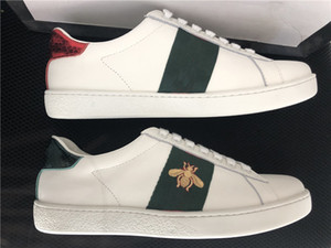 2020 Scarpe Classic Triple Rosso Verde Sneakers For Men Donna Appartamenti Skate Casual Shoes Bee Snake banda Stella Luxe abito Vintage Shoes