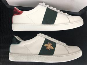 2020 zapatos clásicos zapatos casuales zapatos de la abeja de la serpiente estrella de la raya vestido de época Luxe Triple Rojo Verde zapatillas de deporte para los hombres Mujer Pisos skate