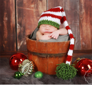 50PCS Handmade Knit chapéu de Santa Crochet Bebê Xmas bonés menina do menino do bebê Pompom Natal Hat infantil Cauda Longa prop Stripe Gorros chapéus