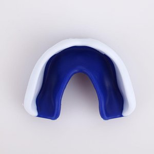 EVA Protège-dents sport Mouthguard boxe Gum Shield pour Oral Cavity dents transparent pour Taekwondo Kicking