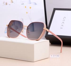 1206 # 2020 الصيف الرجال النساء DesignerSunglasses BrandGlasses في الهواء الطلق موضة عتيقة لاد نظارات شمسية فاخرة مكبرة 5 اللون 2020382K