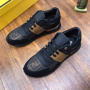 2020Fashion Mesh traspirante scarpa da tennis All'aperto superiori di Man corridore corsa scarpe casual scarpe Low Cut Lace Up Coach Training