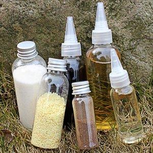 Geschirre Neue Outdoor-Camping-bewegliche Geschirr Vorratsbehälter Gewürzdose Gewürz Box Öl-Flasche für Grill-Picknick im Freien Geschirr Set