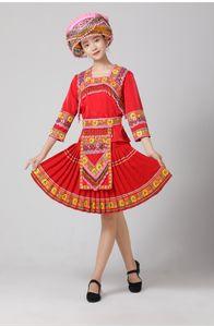 Rouge Femmes Hmong vêtements traditionnels Miao de danse costume chinois ethnique vêtements TV Film festival Performance stage porter