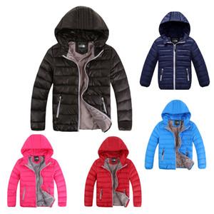 Crianças Down Jacket Júnior Inverno Duck Brasão Pad Coats norte Rapazes Raparigas com capuz Outwear face Lightweight Outdoor Brasão B1