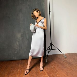 Shyloli Lace Sexy cetim partido de pijama vestido sem mangas das mulheres Black White Low-Collar Clube elegante Clube Casual 2020 Vestido de Verão Praia