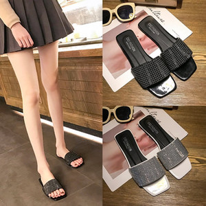 Large Size Crystal Slipper Female Summer Fashion Wear 2020 New Style Flat Non-Slip All-match Sandals out