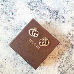 Boucles d'oreilles Designer bijoux boucle d oreille earings gros lot de la nouvelle liste chaude 2020 charme nouveau style moderne classique et élégant QZRZ