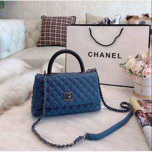 Klasik stili moda bayan zincir çanta sapı kapak çanta çanta basit eğlence elmas hissetmek rahat boyutu 25 * 16 cm2020