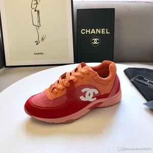 Designers de design da mais recente explosão de calçados masculinos casuais das mulheres, simples e elegante, confortável e discreto casual luxo sho