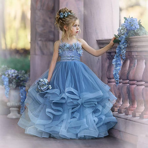 놀라운 계층 페르시 볼 가운 꽃의 소녀 드레스 Appliqued 결혼식 선발 대회 가운 얇은 명주 그물 바닥 길이 뻗 영성체 드레스
