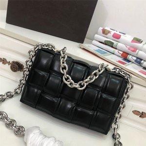 2020 crossbody Yeni kamera çantası geniş omuz askısı mektup küçük kare çanta deri bayan çanta çift fermuarlı küçük omuz çantası çanta