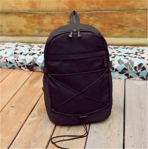 Mochilas de designer casuais respirável Estilo Estudantes clássico sacos de alta qualidade Universal Multi-purpose mochilas