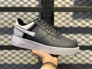 2020 Men Women platform designer sneakers Casual Shoes Skateboard dunk one Low Triple Black White Mystic Navy Mens Trainers chaussures
