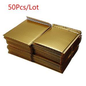 50 ADET Lot Farklı Özellikleri Altın Kaplama Kağıt Kabarcık Zarflar Çanta Postaları yastıklı Kargo Zarf Kabarcık Posta Çantası