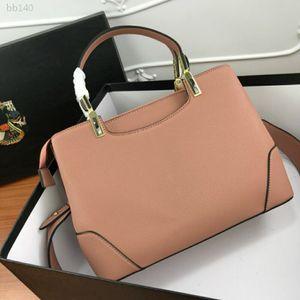 Womens Luxury Designer Purses Handbag Ladies Bag Retro Fashion Wild Atmosphere Hand Carry Mother Middle-aged Bag Portable Female Bag Type6