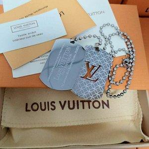 Luxurious women Men Club hip hop Nameplate Pendant necklace18K gold Titanium steel charm L̴V necklace jewelry 786878 8686
