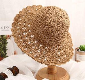 Hat! Hand-crocheted straw hat, Korean version of the women big edge hollow hat. Foldable sun protection cap Big-brimmed hat Sun beach cap