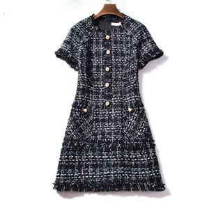 Nuevo vestido de invierno de lana a cuadros 2019 Runway Tweed Vestidos de mujer Manga corta Borla Fringe Trim Rebordear Vestidos vintage Vestidos