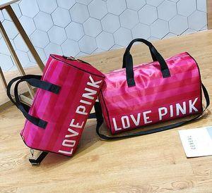 Дизайнер-Сумки Женщины Роскошные Сумки Любовь Розовое Письмо Большой Емкости Путешествия Вещевой Мешок Полосатый Водонепроницаемый Пляжная Сумка Плеча Открытый Бизнес
