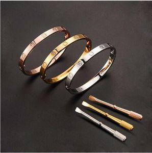 Lusso macchinari in titanio cacciavite dell'acciaio amore semplice braccialetto di metallo fibbia modello Combinazione Monili di qualità donne del braccialetto degli uomini di marca