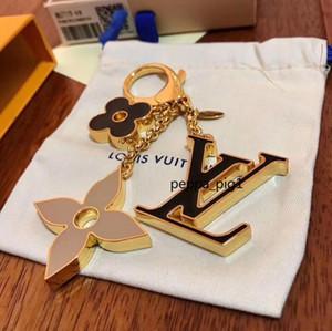 Avec boîte Top Accessoires de mode porte-clés pour les femmes hommes femmes boutique porte-clés haute clé de la qualité de conception d'huile goutte d'alliage solide chaîne A43