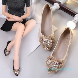 Women Flats Boat Shoes Soft Dancing Shoes Plus Size Crystal Bling Flats Slip On Pointed Toe Casaul Loafers r01