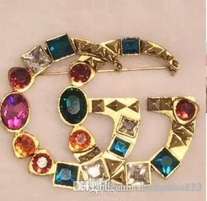 Brand Brooch Rhinestone Famous Designer Suit Lapel Pin for Women Jewelry Accessory with Fast Shipping6654
