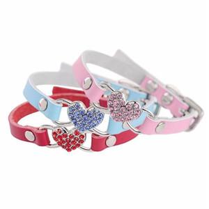 مستلزمات الحيوانات الأليفة الكلب حب القلب الماس حجر الراين الحيوانات الأليفة الياقة PU جلد الكلب قلادة القط كلب صغير