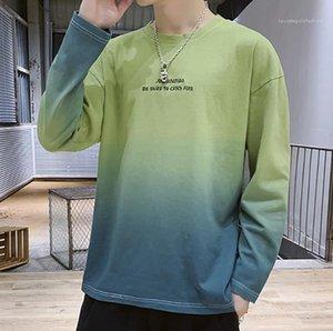 Tshirt girocollo casuale allentata Uomo Abbigliamento Gradient Tie Dye maschio maglietta Primavera Autunno Nuovo Mens
