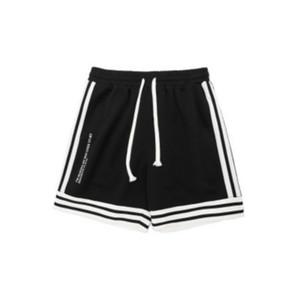 Mens Designer Sportshorts Summer New Mens Shorts Plaid Street Outdoor Overalls Pants Loose High End Baseball Jersey Luxury Literary 2020