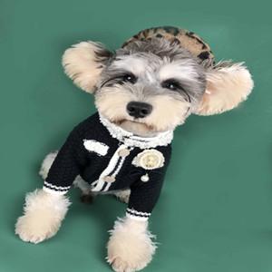 frete grátis clássico Ch ** l estilo cão roupa feita malha camisola Dog Pet casaco cardigan preto branco 2 cores não incluindo chapéu