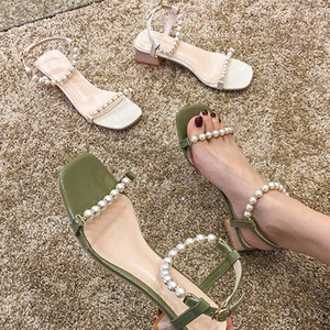 Chic Summer Women Elegant Pearl Brand Girls Beach Ankle Strap Thick Sandals Designer Outdoor Open Toe Med Heel Shoes T200703